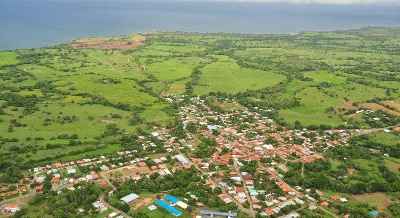 Expats Discover the Town of Pedasí as a Retirement Destination